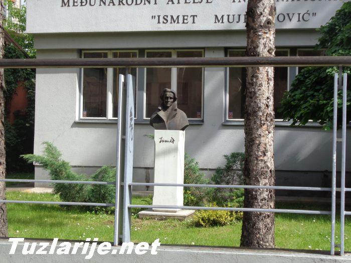 Tuzlarije - Galerija Ismet Mujezinović